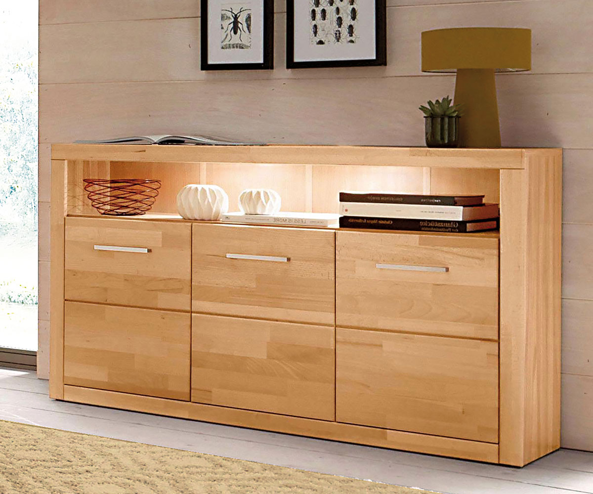 Beech is also very popular for furniture. The wood is liked for its colour and its smooth surface.
